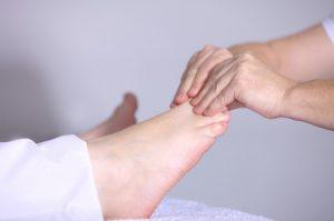 los pies de los atletas